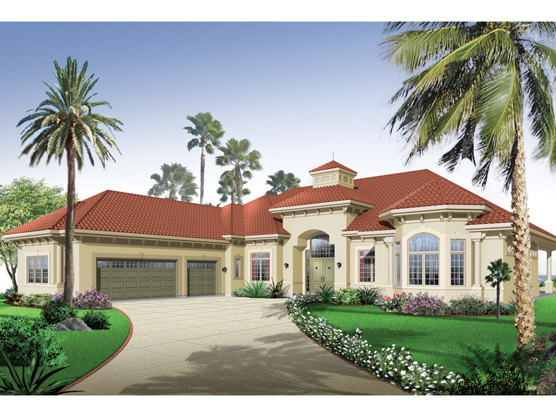 Stucco Siding Adorns This Stunning Florida Style Home