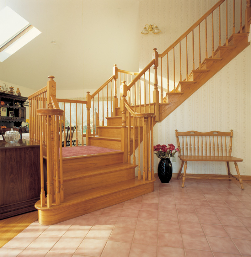 Traditional House Plan Stairs Photo 038D-0060