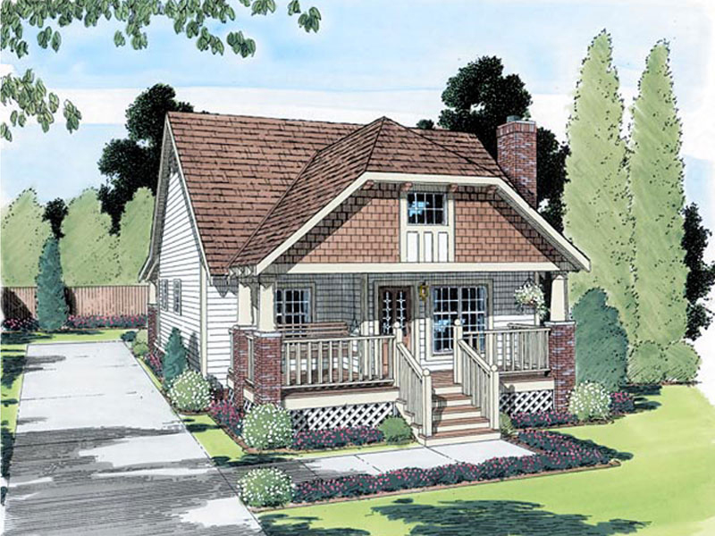 Narrow Lot Cottage Home With Shingle Décor