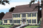 Pampering Family Home With Colonial Appeal