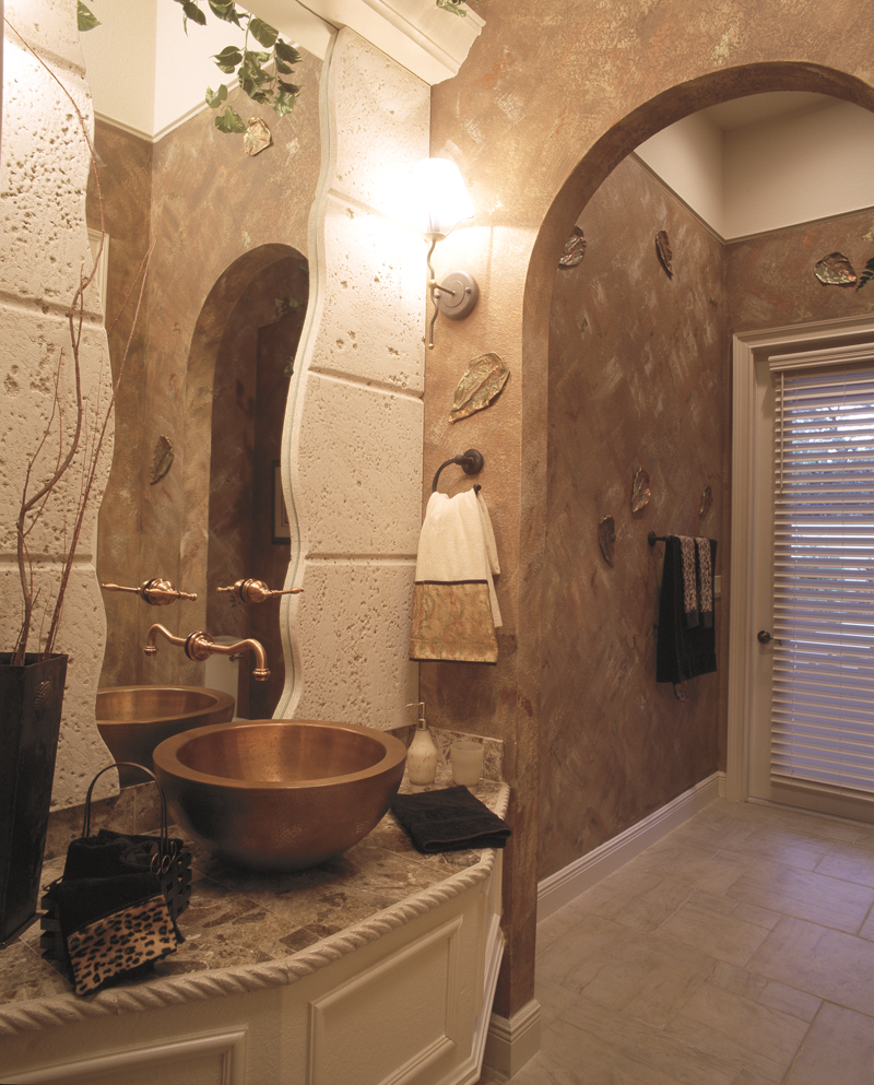 Spanish House Plan Bathroom Photo 01 047D-0052