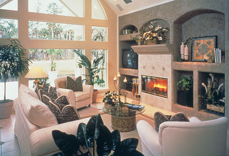 European House Plan Family Room Photo 01 047D-0058