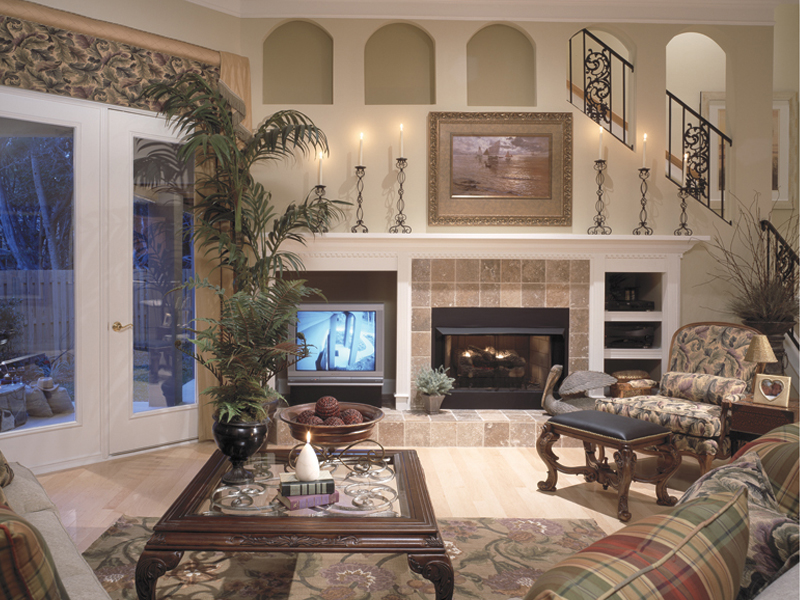 Southwestern House Plan Family Room Photo 01 047D-0083
