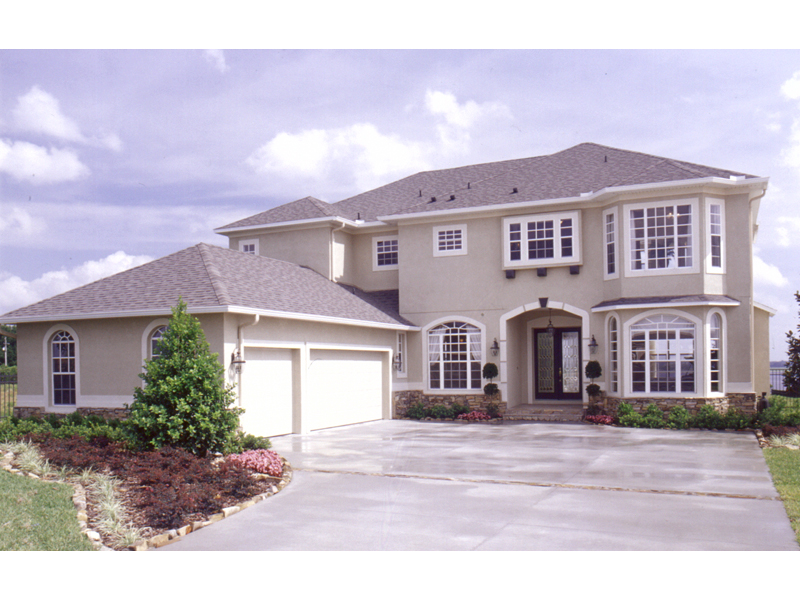 Traditional House Plan Front of Home 047D-0153
