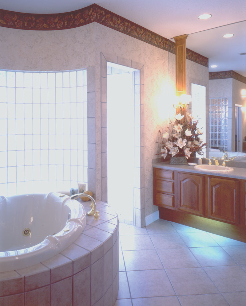 Santa Fe House Plan Master Bathroom Photo 01 - 047D-0169 | House Plans and More
