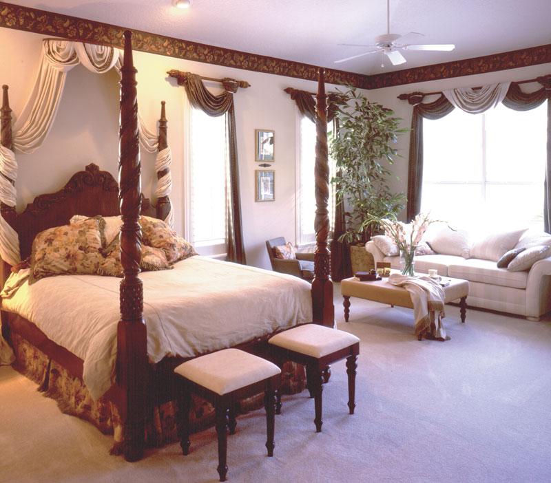 Southwestern House Plan Master Bedroom Photo 01 047D-0169