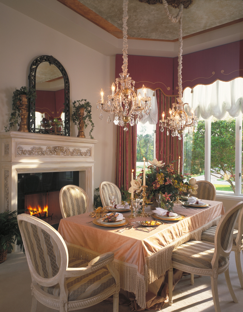 Mediterranean House Plan Dining Room Photo 01 047D-0187