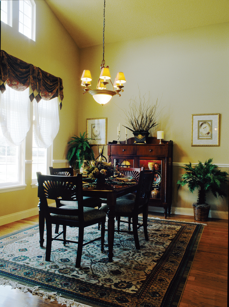 Country French Home Plan Dining Room Photo 01 047D-0208