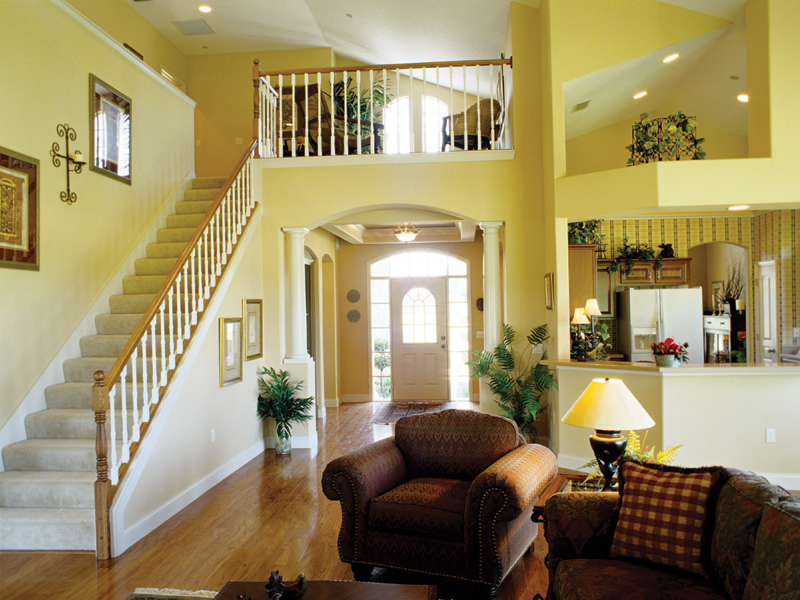 Country French Home Plan Great Room Photo 02 047D-0208