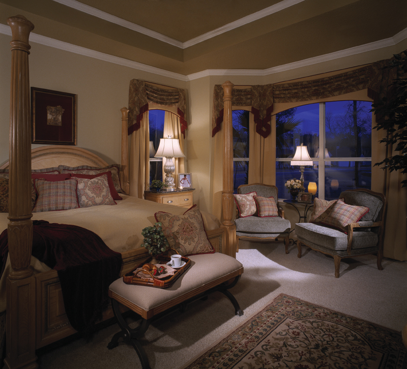 Sunbelt Home Plan Master Bedroom Photo 01 047D-0211
