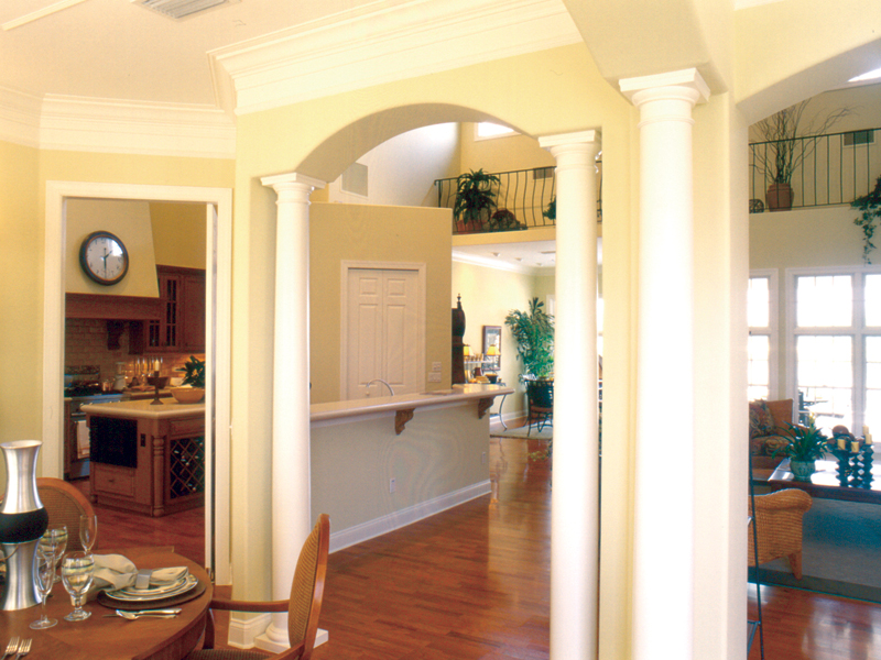 Traditional House Plan Dining Room Photo 01 047D-0213