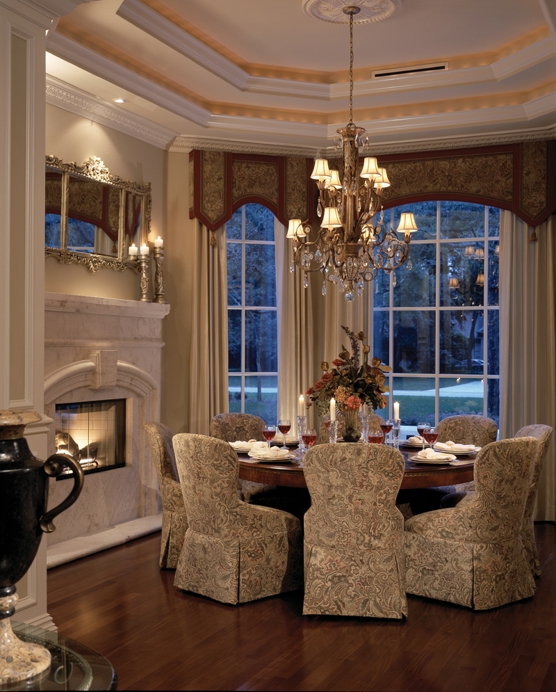 Traditional House Plan Dining Room Photo 01 047D-0215