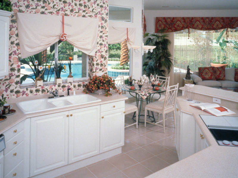 Florida House Plan Kitchen Photo 02 048D-0004