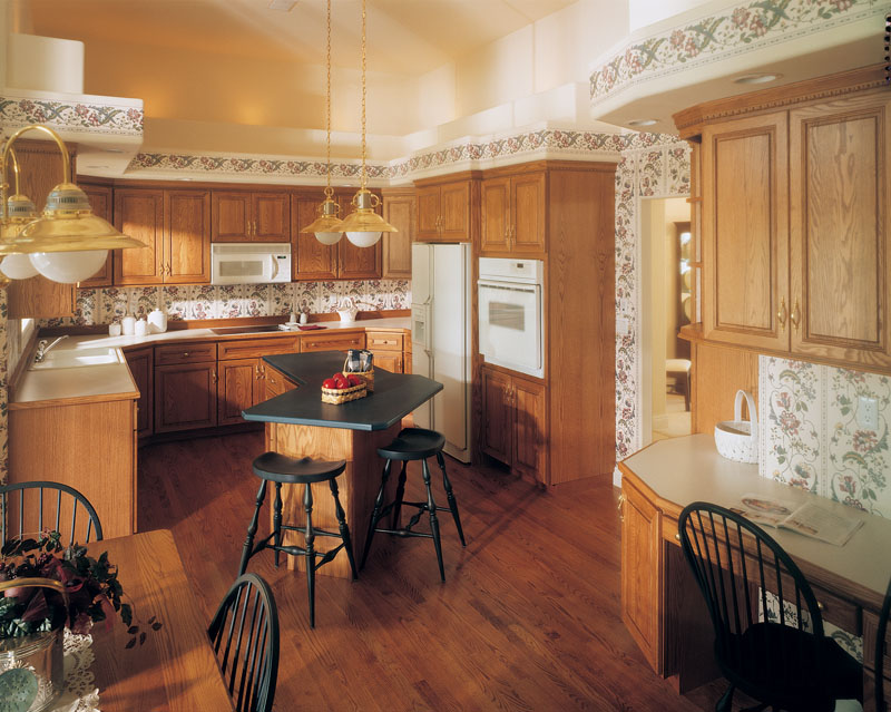 European House Plan Kitchen Photo 01 051D-0182