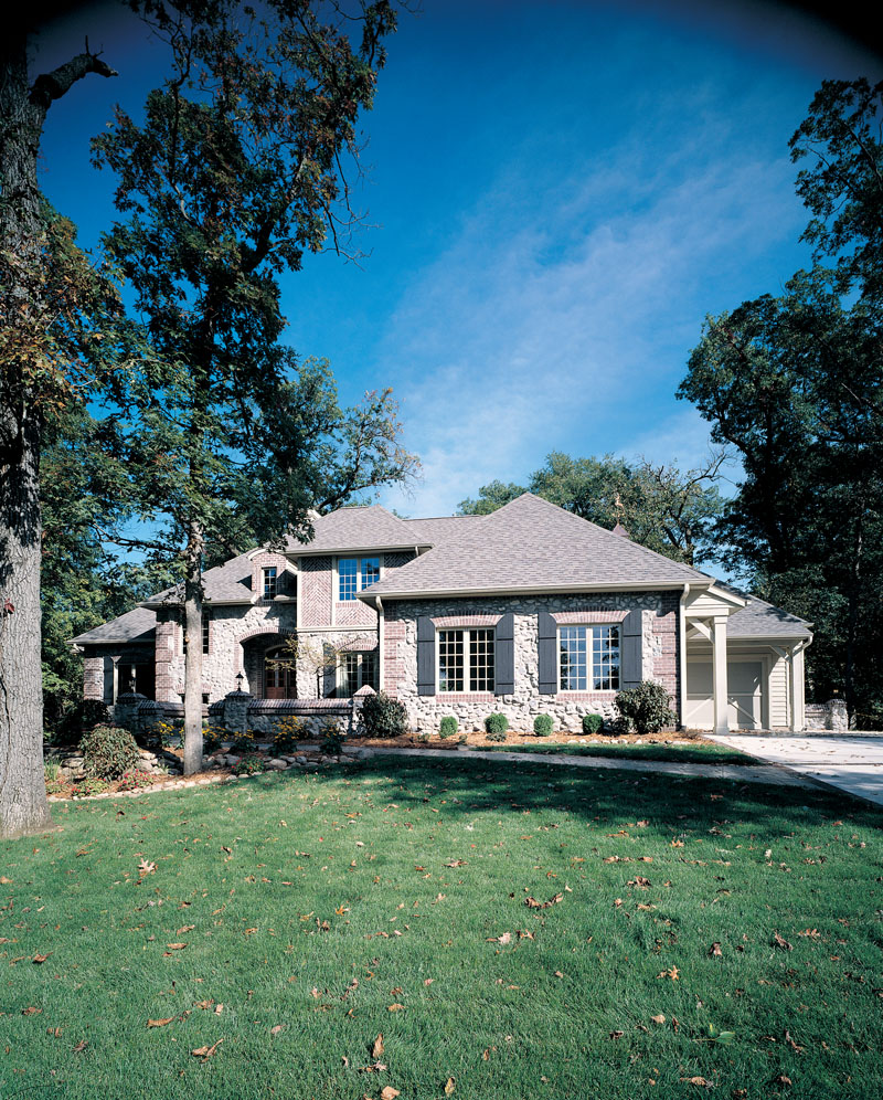 European House Plan Front Photo 01 051D-0190
