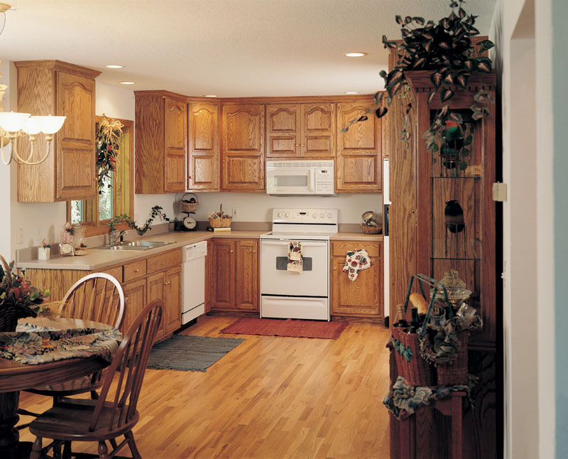 Arts and Crafts House Plan Kitchen Photo 01 051D-0238