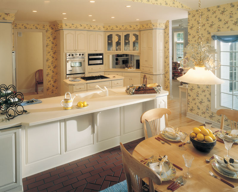 Traditional House Plan Kitchen Photo 01 051D-0246
