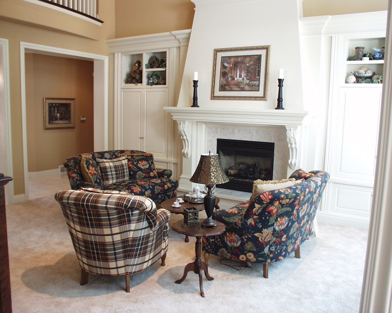 Southern House Plan Living Room Photo 01 051D-0258