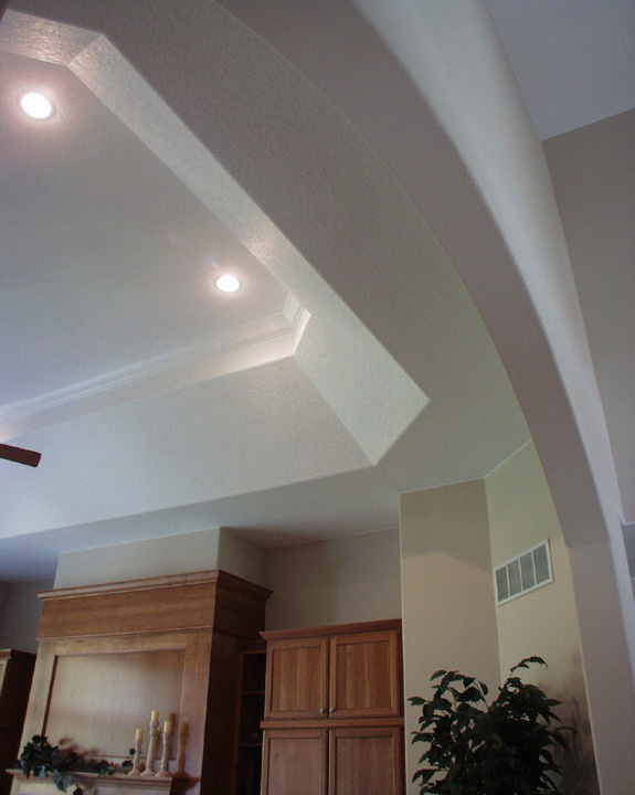 Luxury House Plan Ceiling Detail Photo 051S-0021