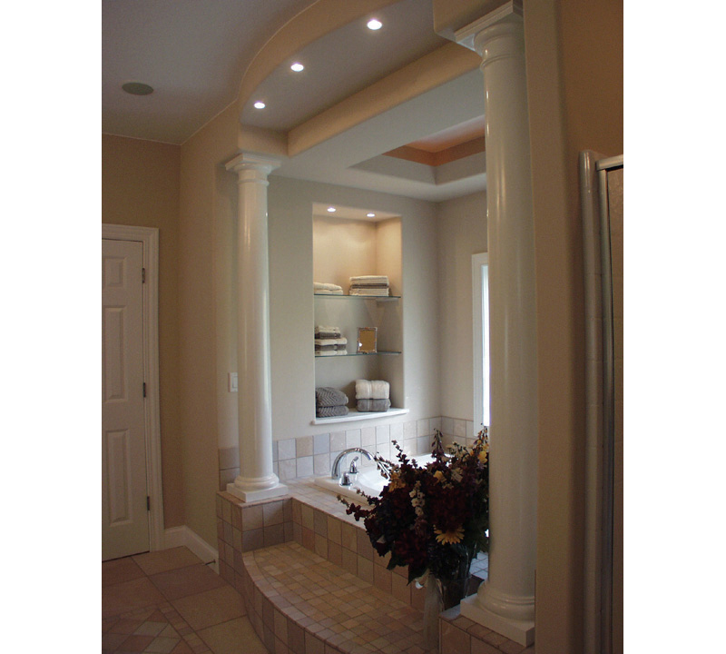 Neoclassical Home Plan Master Bathroom Photo 01 051S-0021
