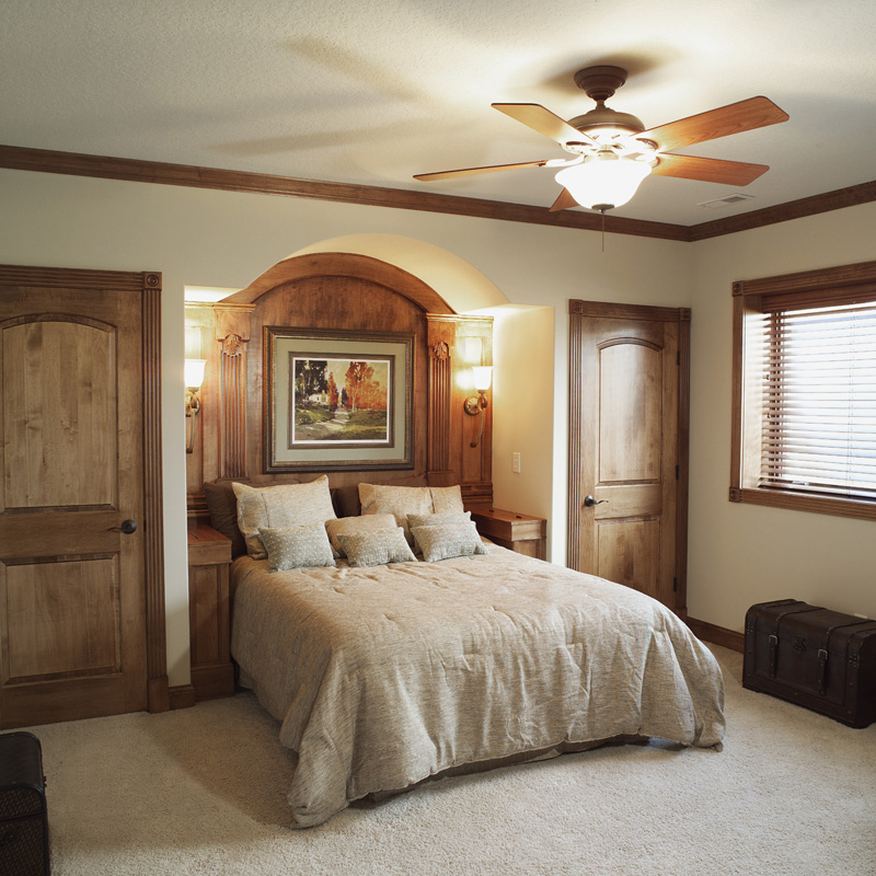European House Plan Bedroom Photo 01 051S-0053