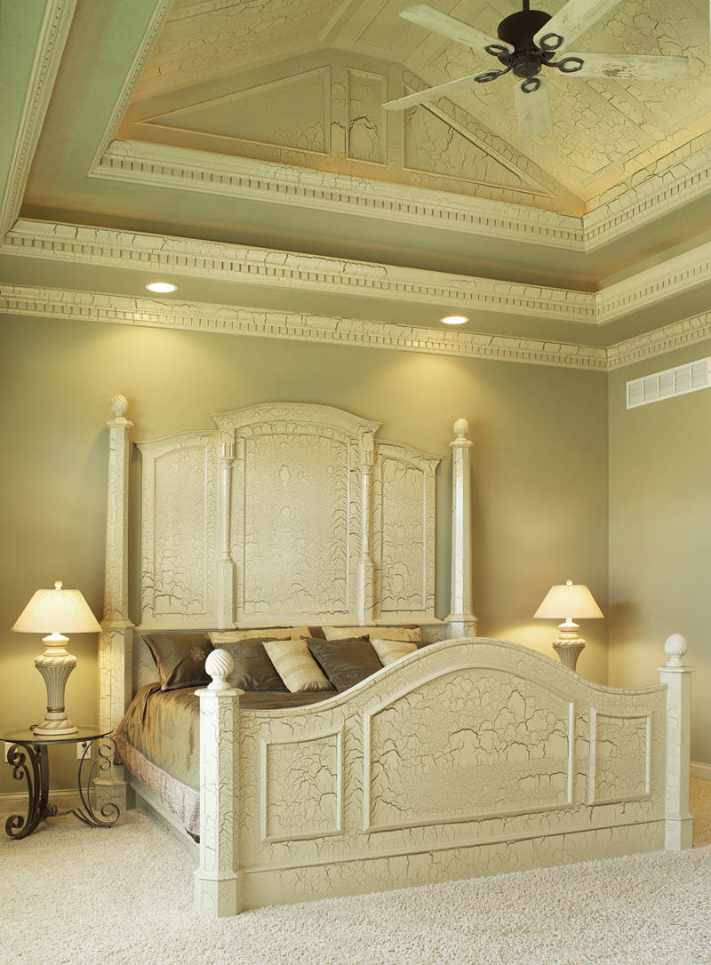 Neoclassical Home Plan Bedroom Photo 02 051S-0053