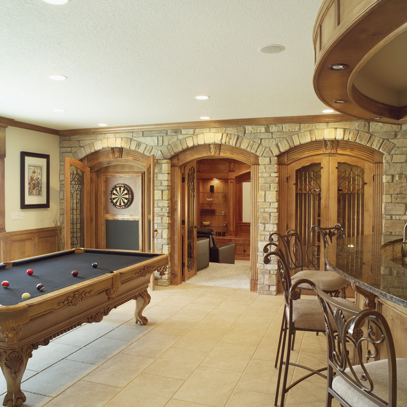 Traditional House Plan Recreation Room Photo 01 051S-0053