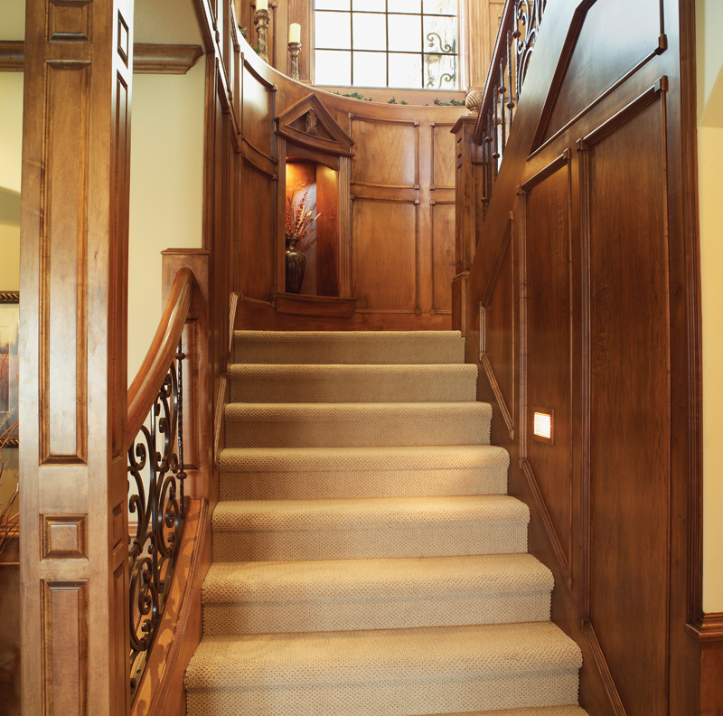 European House Plan Stairs Photo 051S-0053