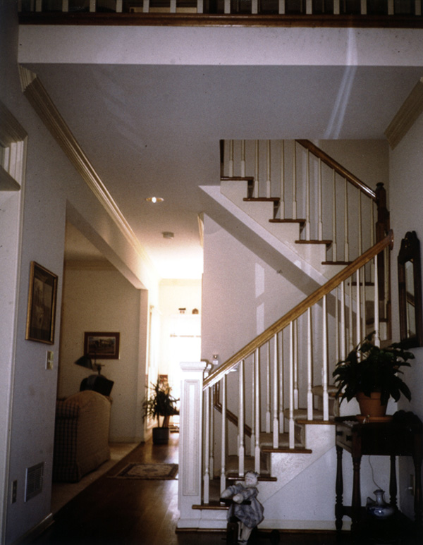 Farmhouse Plan Stairs Photo 052D-0075