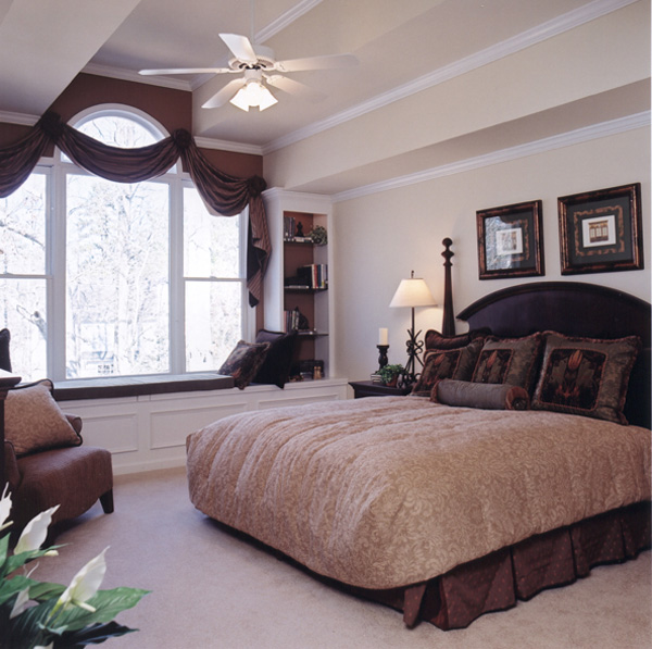 Shingle House Plan Master Bedroom Photo 01 052D-0078
