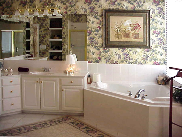 Traditional House Plan Master Bathroom Photo 01 - 052D-0101 | House Plans and More