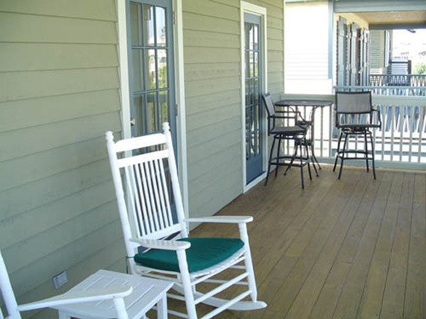 Vacation Home Plan Deck Photo 01 052D-0154