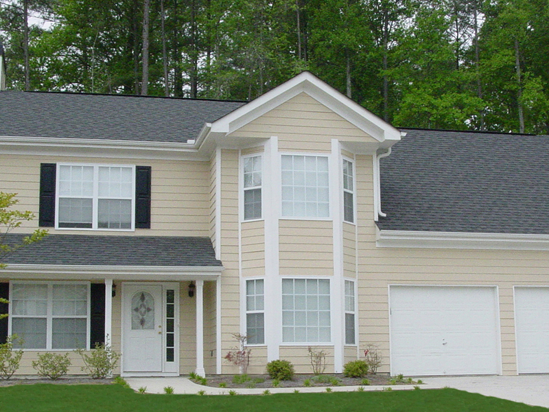 Traditional House Plan Front Photo 01 053D-0003