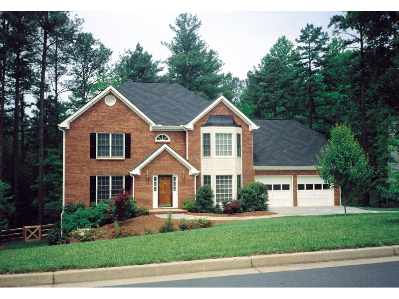 Traditional House Plan Front of Home 053D-0018