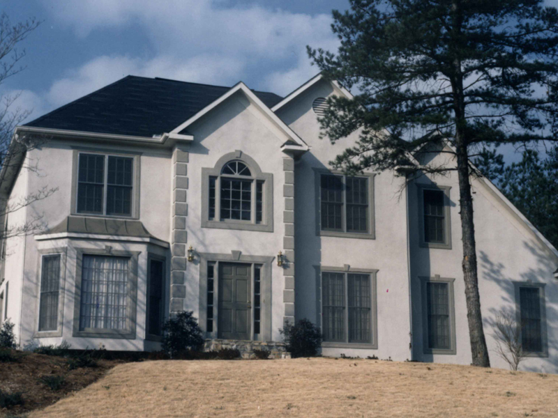 Traditional House Plan Front Photo 03 053D-0019