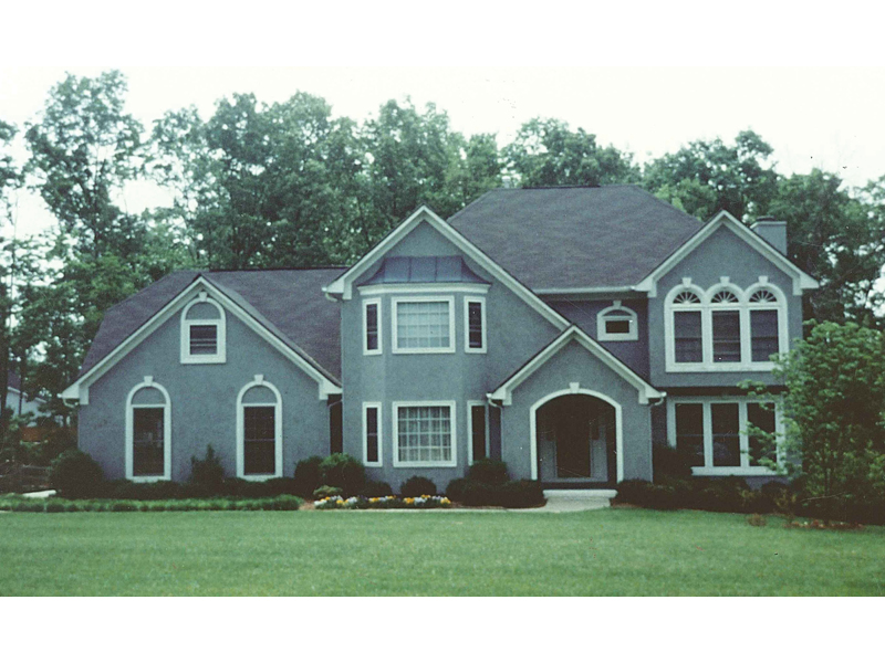 Traditional House Plan Front of Home - 053D-0023 | House Plans and More
