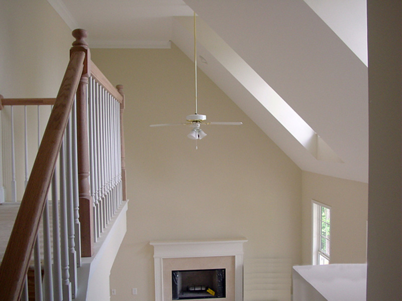 Cape Cod & New England House Plan Ceiling Detail Photo 053D-0062