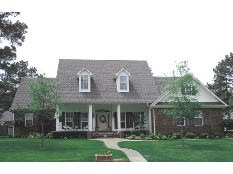 Farmhouse Plan Front of Home 055D-0174