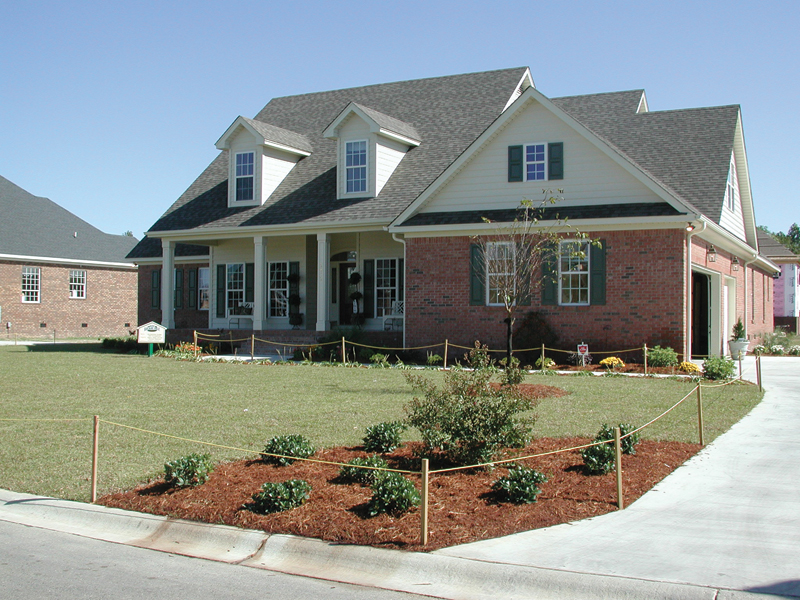 Colonial Floor Plan Front Photo 01 055D-0174