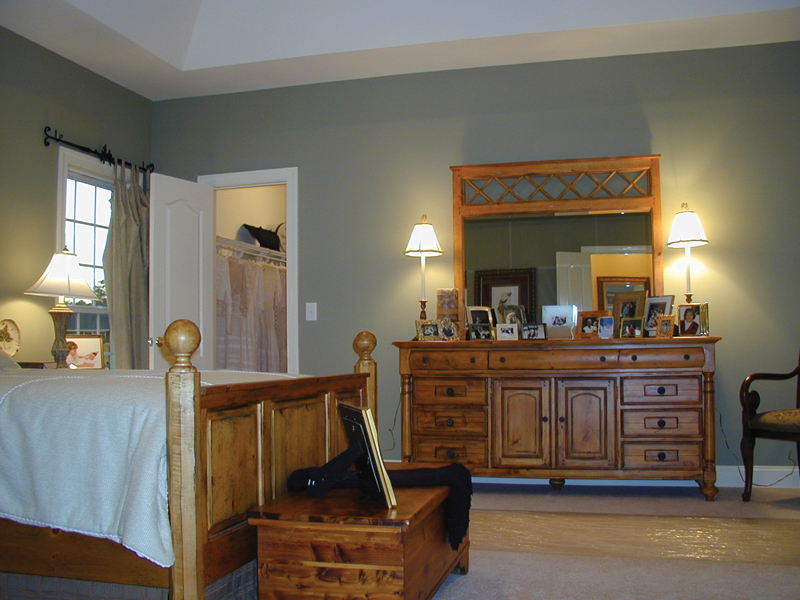 Farmhouse Home Plan Master Bedroom Photo 02 055D-0174