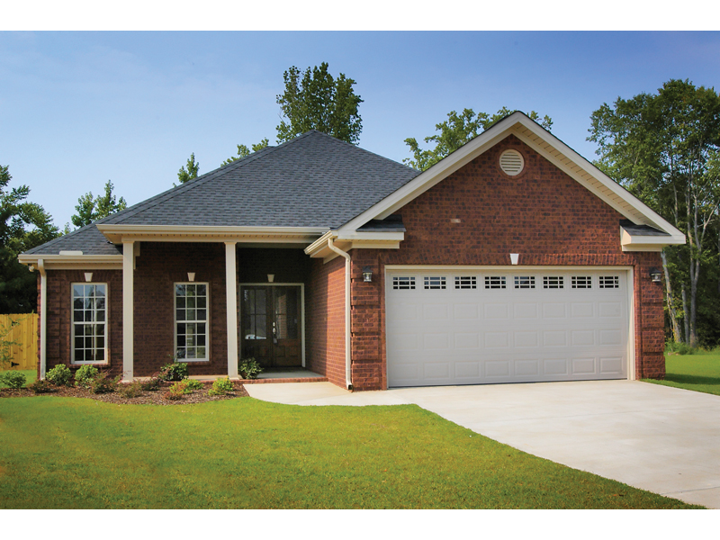 Traditional House Plan Front of Home 055D-0289