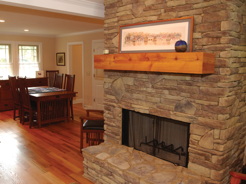 Cabin and Cottage Plan Fireplace Photo 01 055D-0350