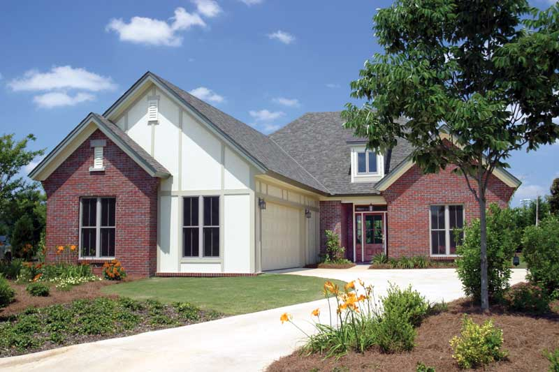 Ranch House Plan Front of Home 055D-0525