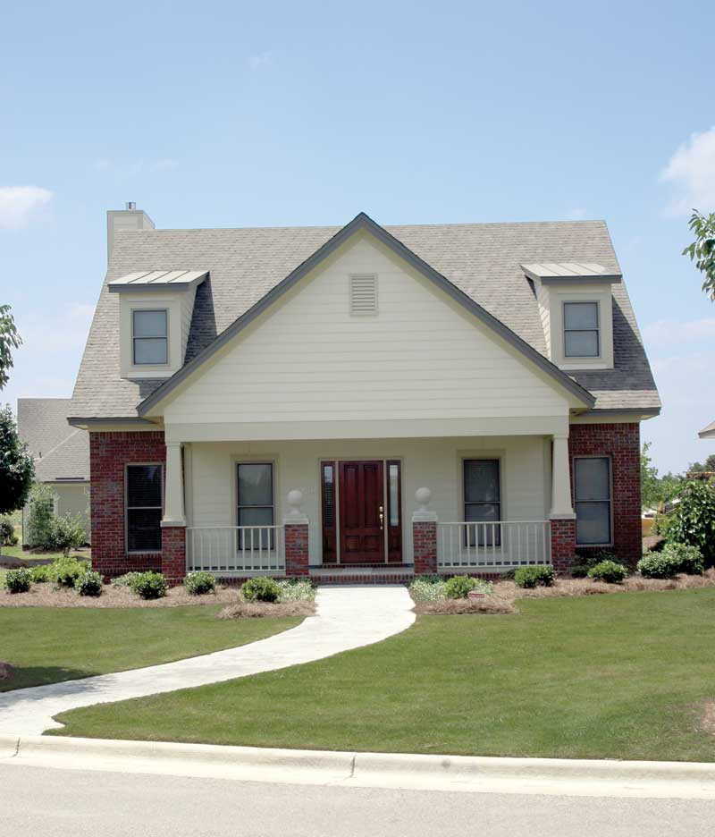 Traditional House Plan Front Photo 01 055D-0530