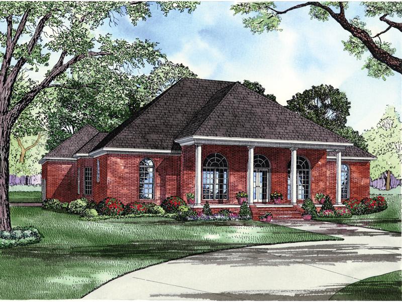 Southern Style House Promises Elegant Living