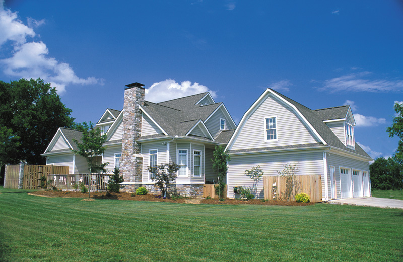Traditional House Plan Rear Photo 01 055S-0003