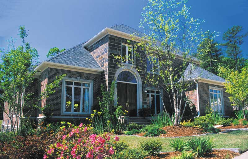 Traditional House Plan Front Photo 02 - 055S-0022 | House Plans and More