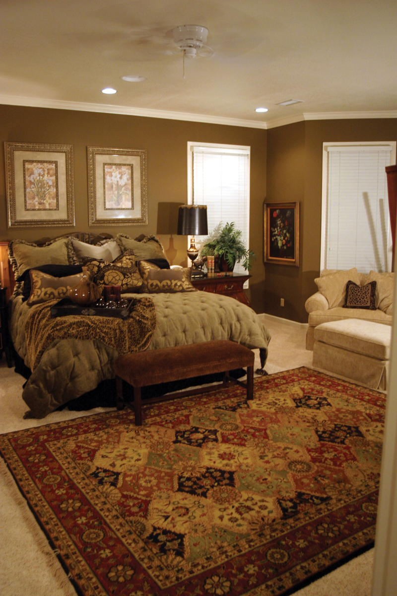 Country House Plan Bedroom Photo 02 055S-0027