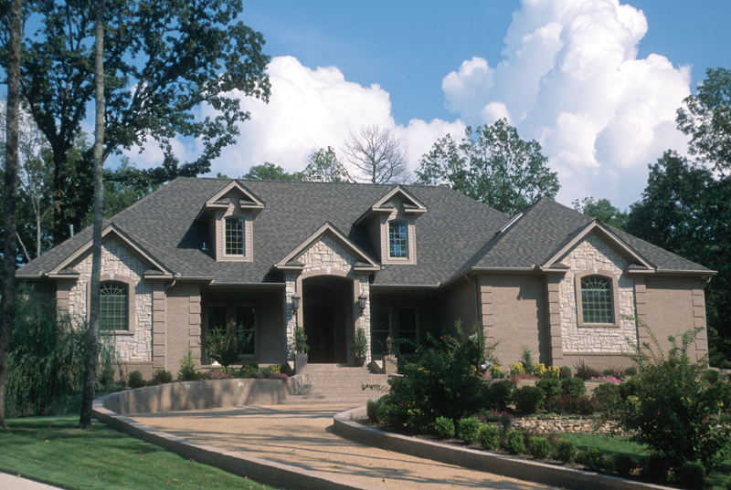 Country French Home Plan Front of Home 055S-0027