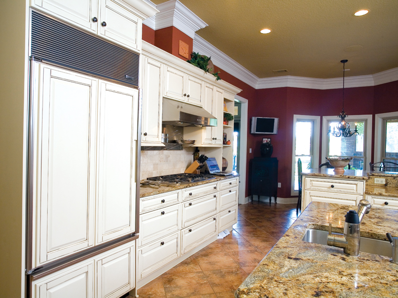 Traditional House Plan Kitchen Photo 01 055S-0075